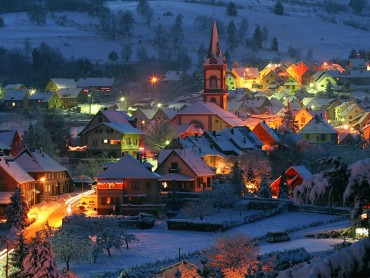 Private guided Christmas tour in Alsace