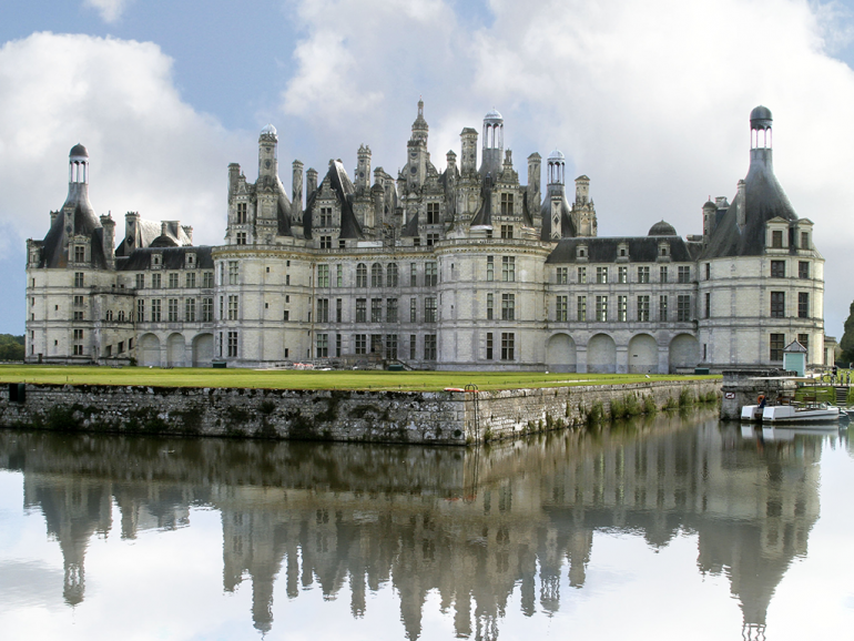 Préférence Loire Valley Day Tours and overnight in hotel** in Tours  OQ52