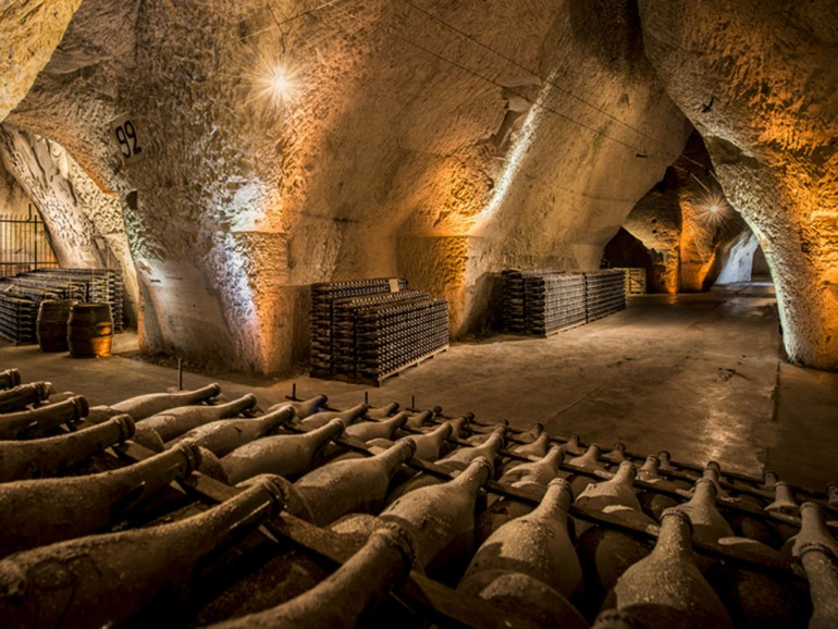 Champagne luxury private tour - Soul & spirit of Champagne - Cooperage & blending secrets - 2 nights in *****hotel in Reims