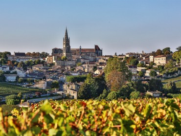 Saint Emilion small group wine tour from Bordeaux, Saint Emilion UNESCO village, Pomerol, 2 grands crus wine tour & tasting, 7/7